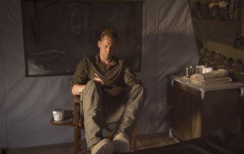 tom-hiddleston-as-jonathan-pine